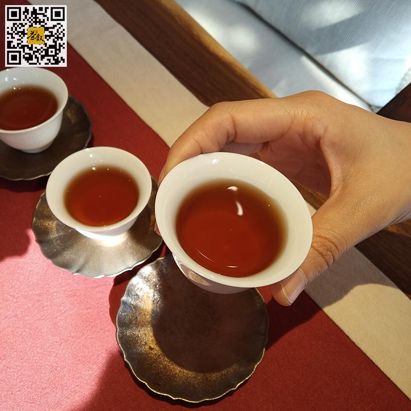 宝登源熟普洱茶鸿运当头2019年版普洱茶汤