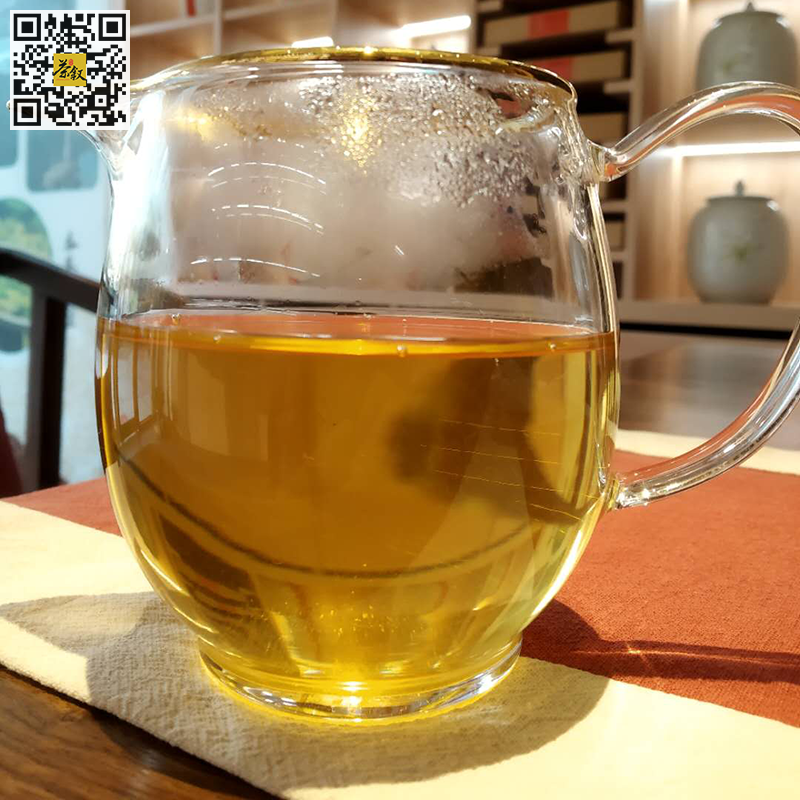 如意生普洱茶2017年版茶汤