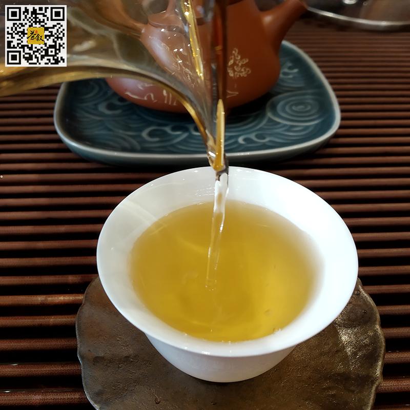 云彩之风生普洱茶2017年版