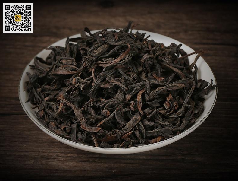 浓香大红袍茶干条索壮实