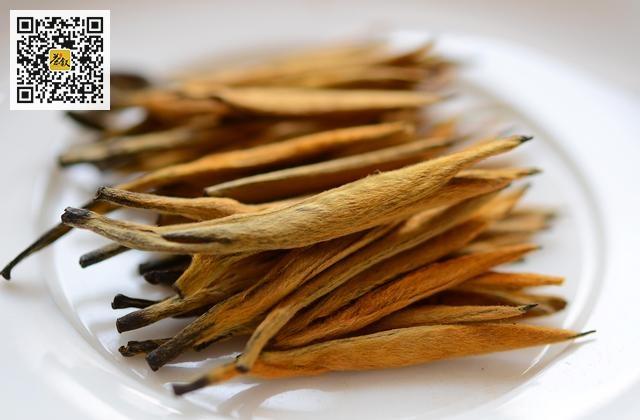 云南红茶滇红金针外形色泽