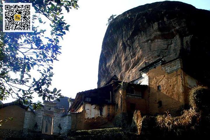 武夷山马头岩山场的磊石岩