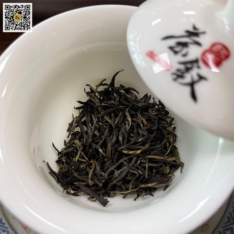 武夷山金骏眉红茶干茶条索特征